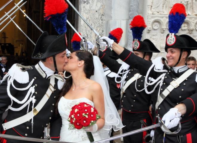 Uscita chiesa carabiniere